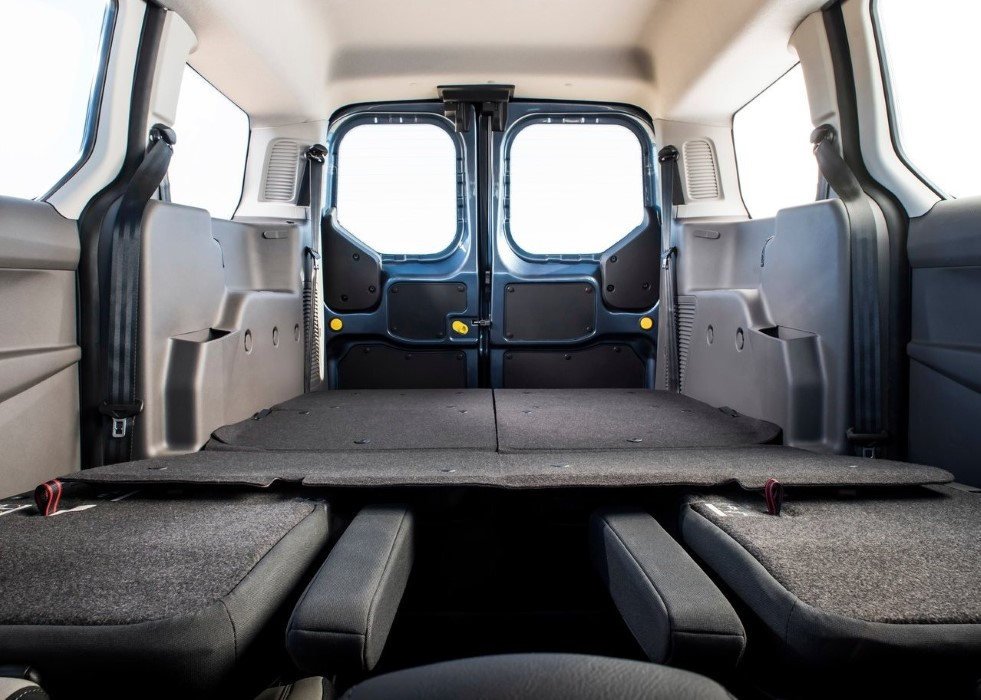 2020 Ford Transit Connect Wagon Cargo Space