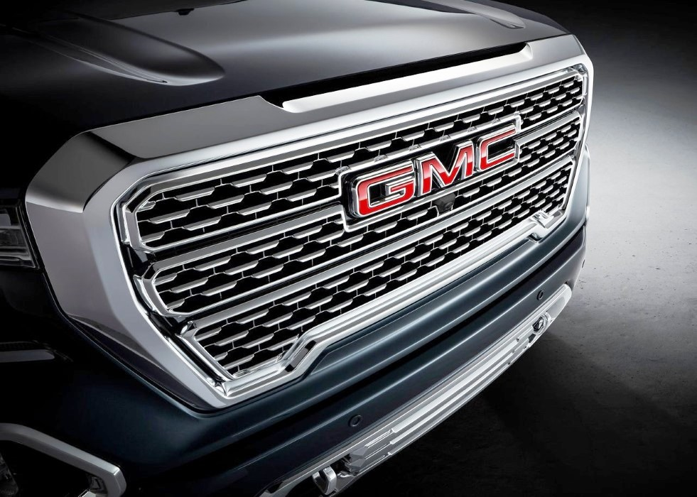 2020 GMC Sierra Denali Redesign Exterior With New Headlight