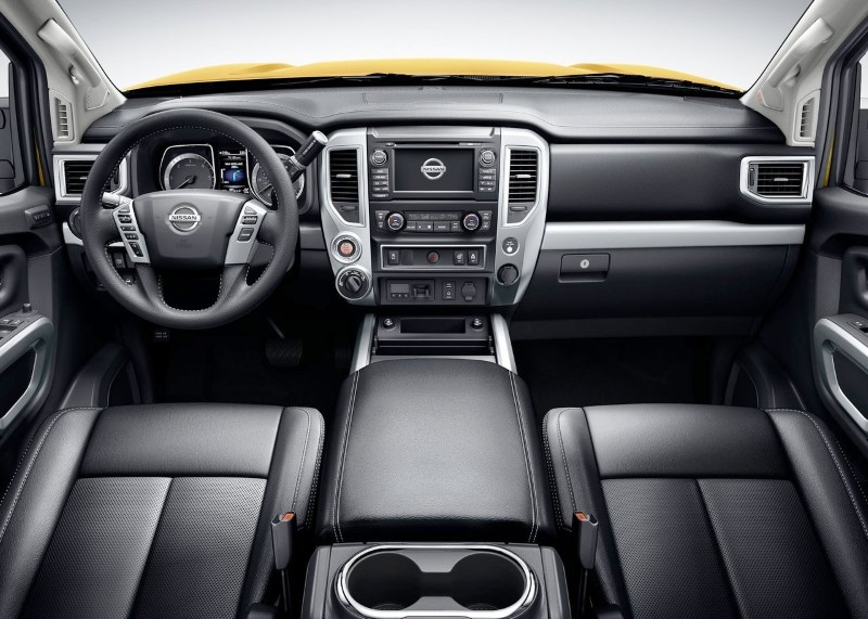 2020 Nissan Titan XD Interior Features