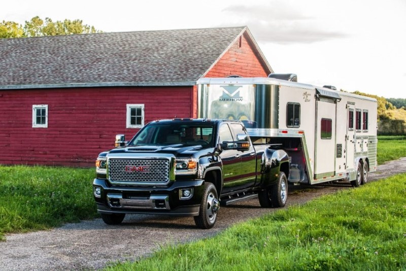 2020 GMC 3500HD Duramax Diesel Performance & Gas Mileage