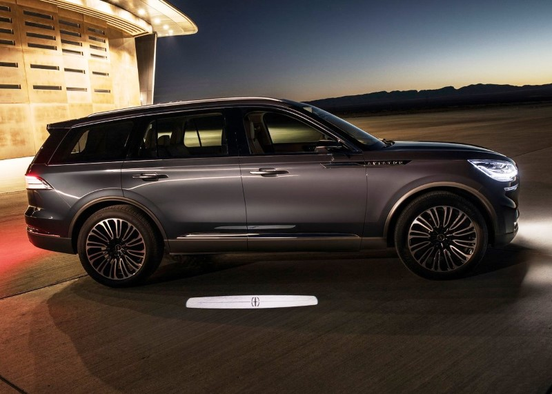 2020 Lincoln Aviator Cargo Space