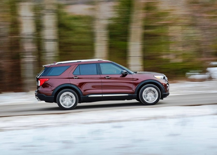 2020 Ford Explorer AWD Platinum Model