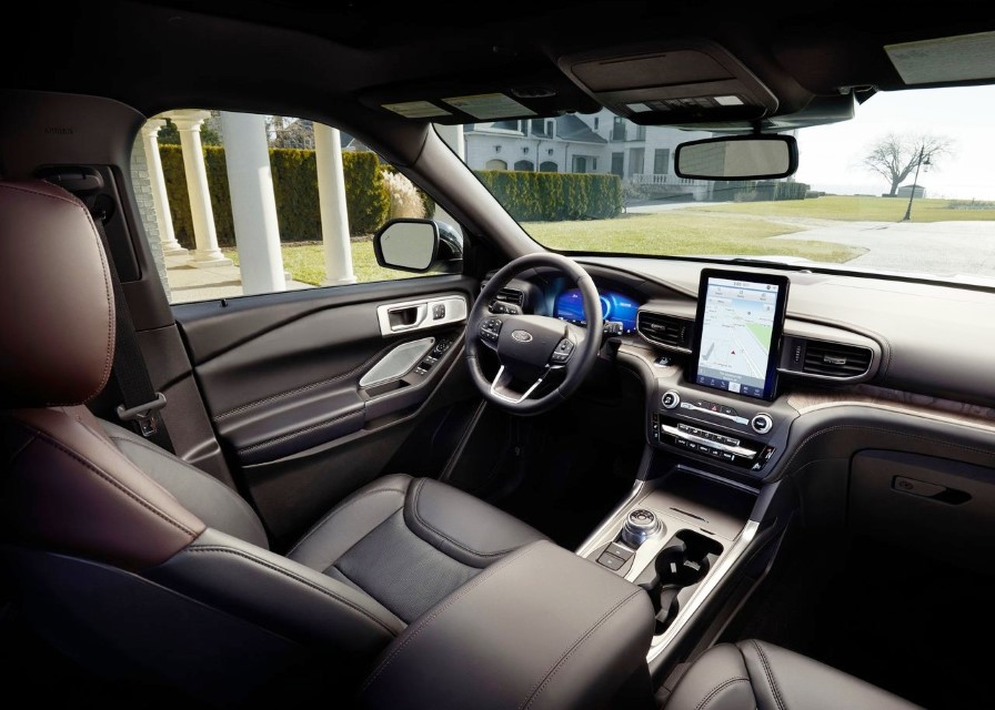 2020 Ford Explorer Interior & Features