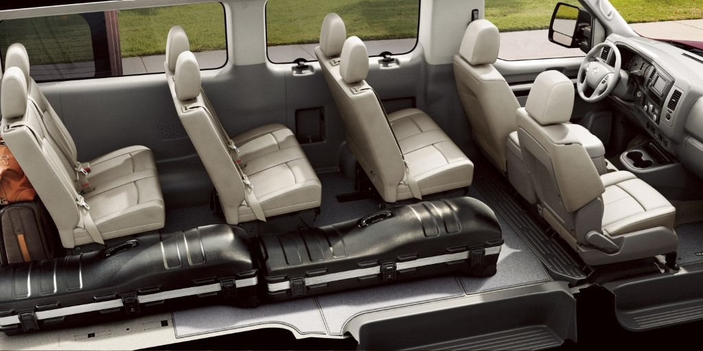 2020 Nissan NV3500 12 Passenger VAN Seating
