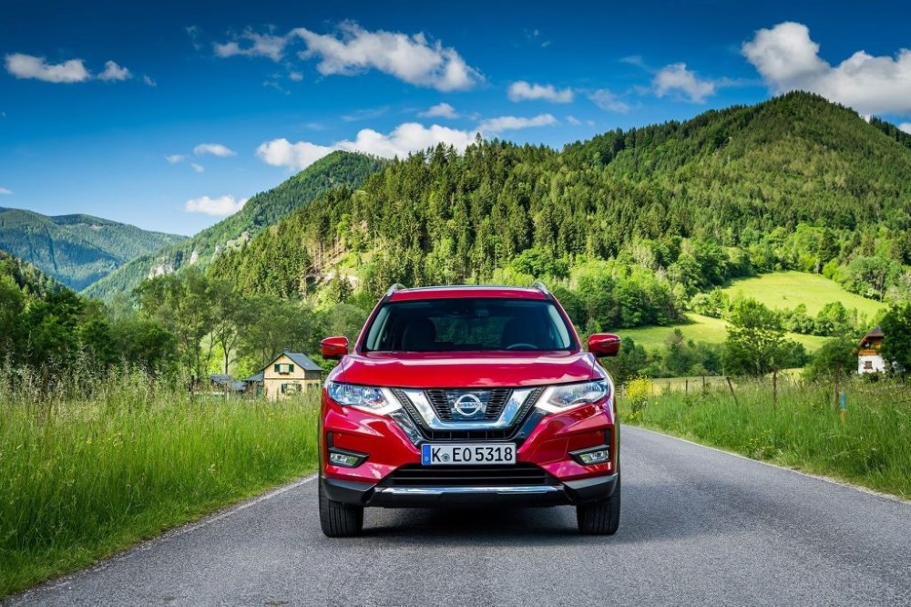 2020 Nissan X-Trail Specs and Dimensions SUVs