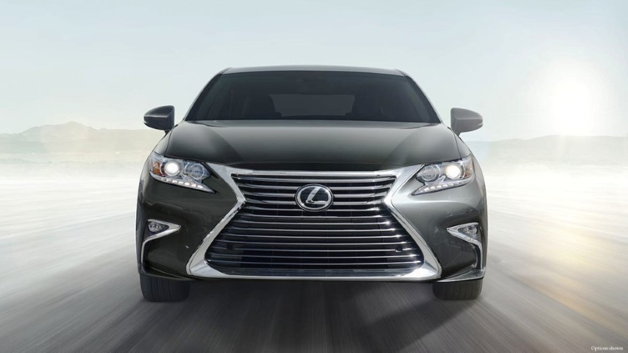2020 Lexus ES 350 Hybrid Redesign Front Angle