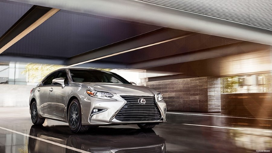2020 Lexus ES Sedan Hybrid New York Motor Show