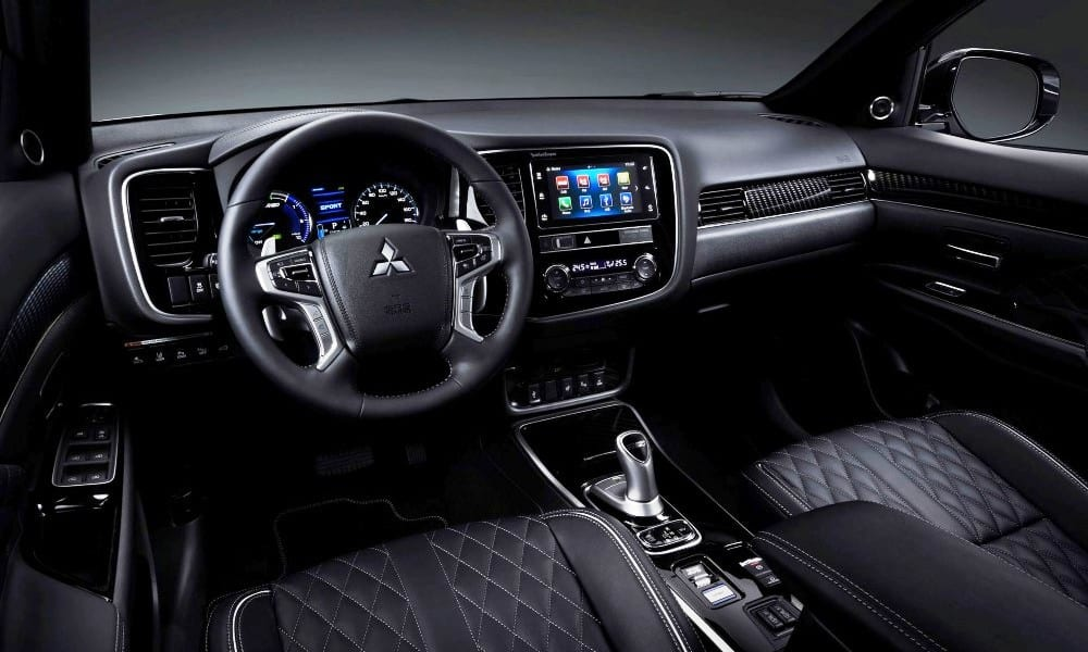 2020 Mitsubishi Outlander PHEV Interior Features