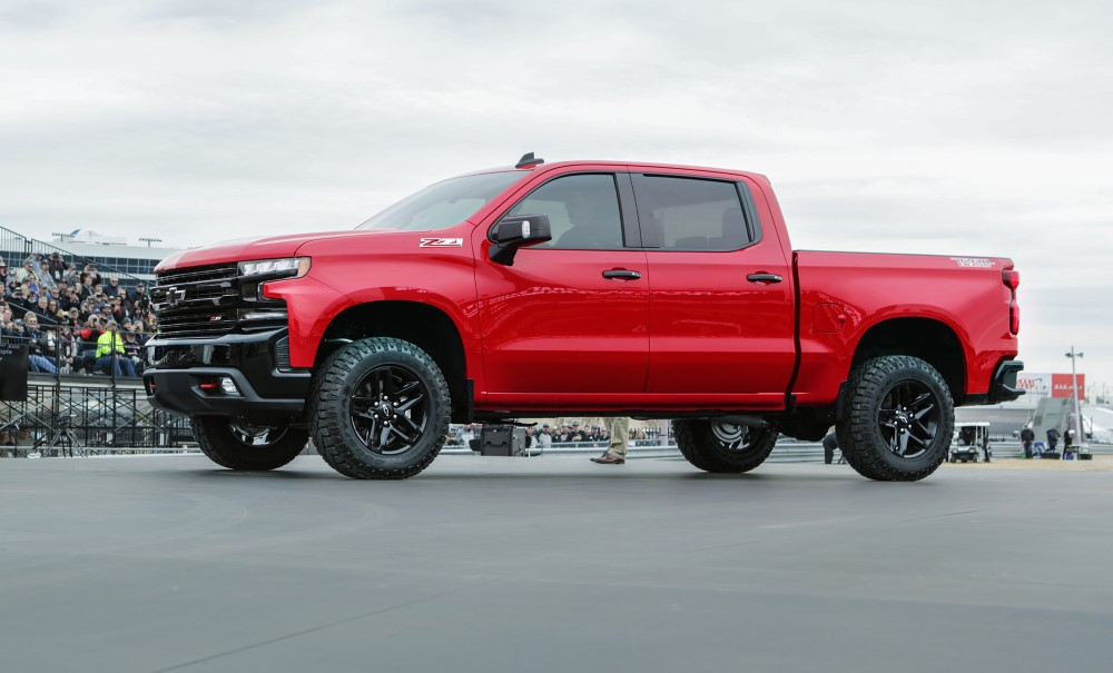 2020 Chevrolet Silverado Trail Boss Z71 Review