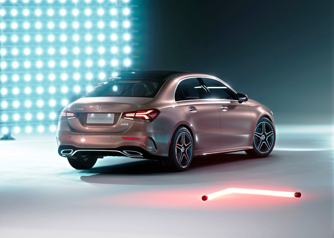 2020 Mercedes A-Class L Sedan Europe Version