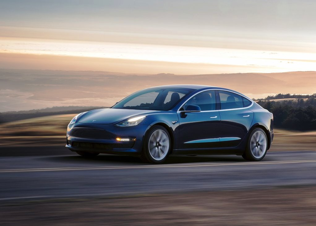2020 Tesla Model 3 Long Range Review