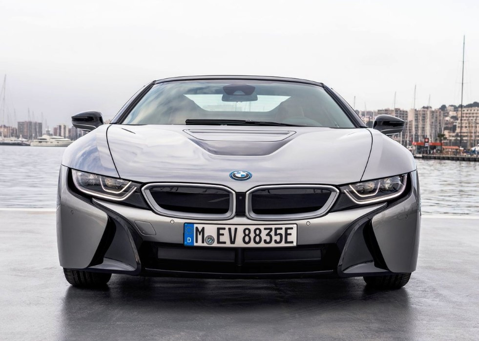2020 BMW i8 Roadster Hybrid Sport Car