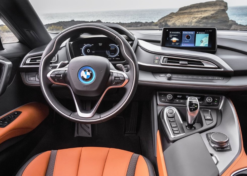 2020 BMW i8 Roadster Interior Features With iDrive Assist
