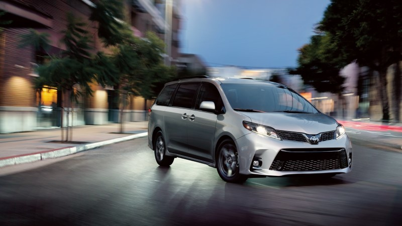 2021 Toyota Sienna Release Date & Price