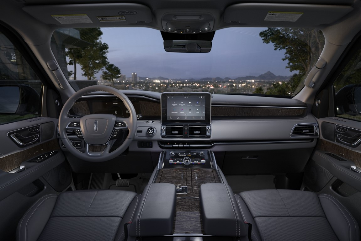 2021 Lincoln Navigator Black Interior Dashboard