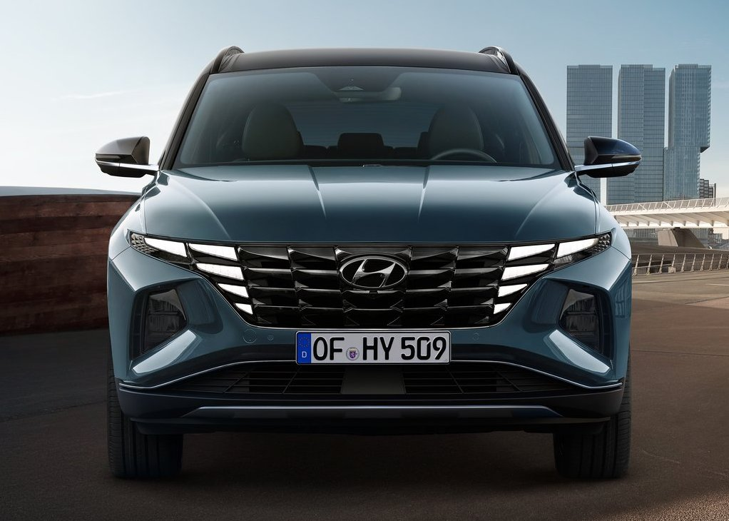 2022‌ ‌Hyundai‌ ‌Tucson Front angle Changes With New Iconic LED Highlight