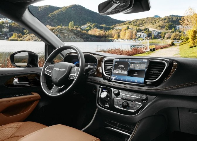 2022 Chrysler Pacifica Interior Dashboard Pictures