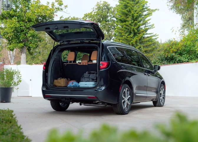 2022 Chrysler Pacifica Trunk Capacity