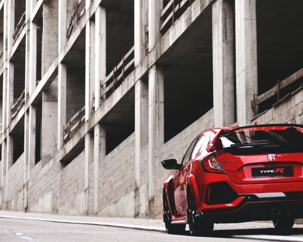 2022 Honda Civic Type R AWD in RED Color