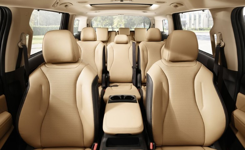 2022 Kia Sedona Passenger Capacity with Beach Interior Leather Color